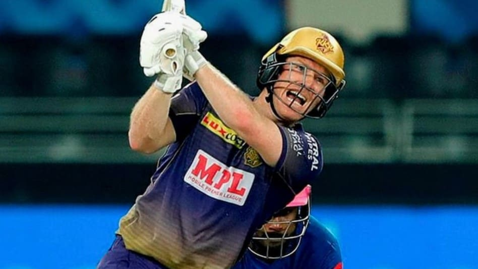 Eoin Morgan Guides KKR to a 5-wicket Win over Punjab Kings in the IPL 2021.
