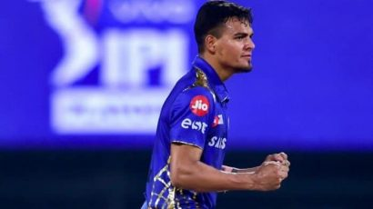 Chahar & Boult Turn Entire Game Around to Beat KKR by 10 Runs