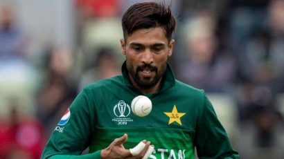 Mohammad Amir playing for Pakistan